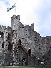 Cardiff Castle Keep 05 (2005-08-11).jpg