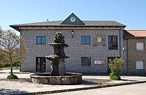 Casa consistorial Cernadilla.jpg