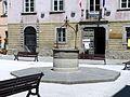Castiglione di Garfagnana-piazza del municipio2.jpg