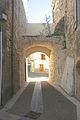 Causses-et-Veyran porte Pompe Neuve b.jpg