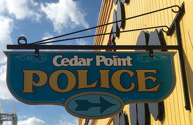 File:Cedar Point Police sign (5441).jpg