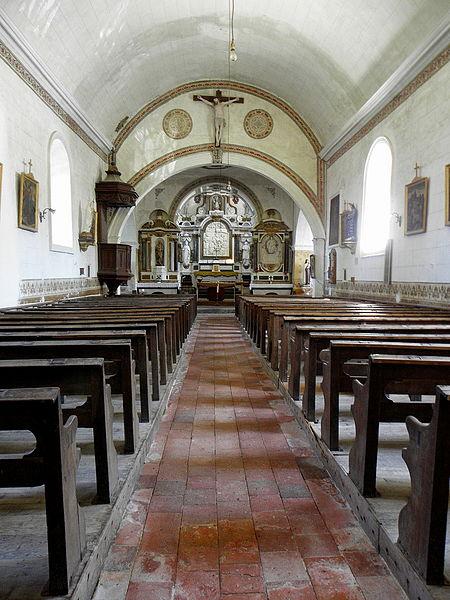 Église Saint-Pierre de Chalons-du-Maine (53).