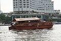 Chao Phra river - Shangri La Hotel - Bangkok Thailand - panoramio.jpg