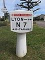 Charbonnières-les-Bains - Ancienne borne Michelin RN7 3 (avr 2019).jpg