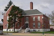 Cherry County, Nebraska courthouse from NE 1.JPG