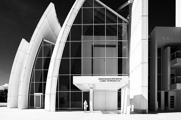 Chiesa dio padre misericordioso 02.jpg