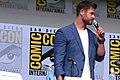 Chris Hemsworth (36246482935) (cropped).jpg