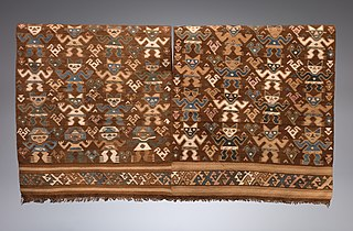 Tunic with Frontal Figures