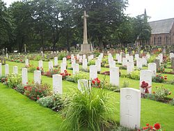 Commonwealth War Graves, Bishopwearmouth Cemetery.jpg