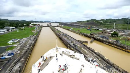 File:Continuing Promise transits the Panama Canal-ZLIWzvfdisQ-248+251.webm