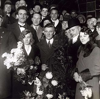 Cor Blekemolen - Cor Blekemolen (center) in 1932