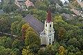 Csabrendeki Szent Lőrinc templom a levegőből.jpg