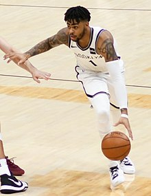 D'Angelo Russell (25756249597) (cropped).jpg