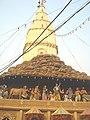 Daan Ghati Temple Goverdhan - panoramio.jpg