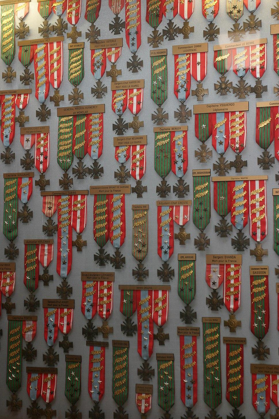 Decorations-legion
