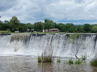 Deer Lake, Pennsylvania - Image: Deer Lake Dam, Schuylkill Co PA 01