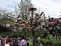 Der Schuhbaum bei den Kleingärtnern - panoramio.jpg