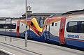 Derby railway station MMB 60 222015 222102.jpg
