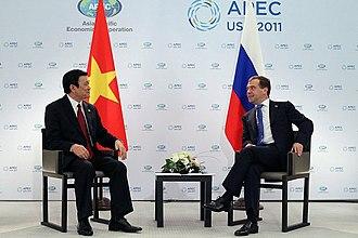 Trương Tấn Sang - Truong Tan Sang meet with Dmitry Medvedev in Honolulu, November 2011.
