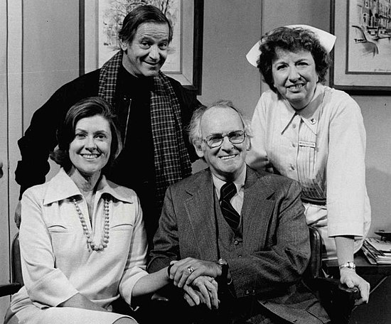 With cast of Doc. Standing, L-R: Irwin Corey and Mary Wickes. Seated: Elizabeth Wilson and Barnard Hughes (1975) Doc cast 1975.JPG