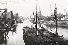 Harbour And Canal Tours Nyhavn K Ef Bf Bdbenhavn K Denmark