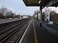 Earlsfield station slow platforms look north2.JPG