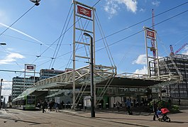 East Croydon station April 2016.jpg