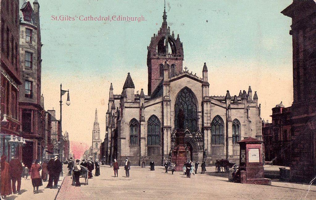 Cathédrâle Saint Giles à Edimbourg sur une carte postale de 1915.
