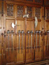 170px-Edinburgh_Castle_Great_Hall_Pole_W