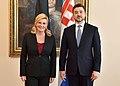 Eesti suursaadik Horvaatias Sten Schwede ja Horvaatia president Kolinda Grabar-Kitarovićile (34771463620).jpg