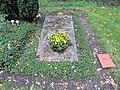 Ehrengrab Potsdamer Chaussee 75 (Niko) Jan Bontjes van Beek.jpg