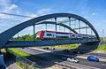 Eisenbahnbrücke über die A6 in Luxembourg 01.JPG