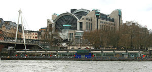 Embankment Pier - Image: Embankment pier 2
