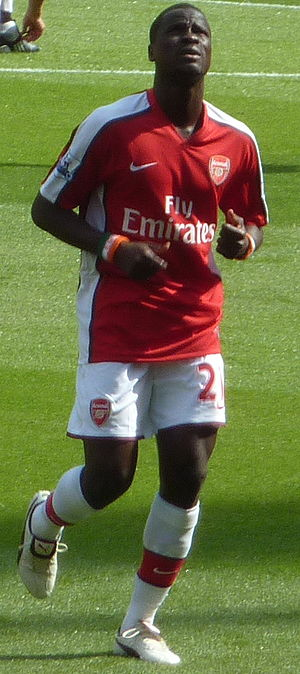 Emmanuel Eboué - Eboué in action for the Gunners