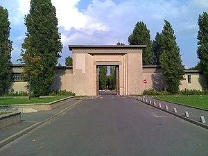 Cimetière parisien de Thiais - Entrance of the Cimetière parisien de Thiais