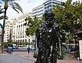 Eustache de Saint Pierre (Els Burgesos de Calais) d'August Rodin a la plaça de l'Ajuntament de València.jpg