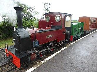 Exmoor Steam Railway - Image: Evesham Vale Light Railway double headed gala day train (geograph 4556247)