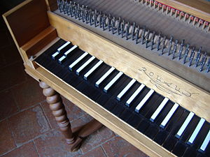 Split sharp - In this harpsichord built by Clavecins Rouaud of Paris, the two lowest sharps are split, following the broken octave scheme.