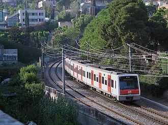 Barcelona–Vallès Line - Image: FGC112