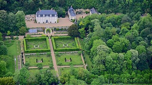 F - Pocé-sur-Cisse, Route de Limeray 004, Château de Fourchette, Mick Jagger