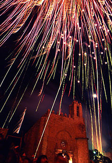 Fuegos Artificiales Artesanales De Mexico Wikipedia La