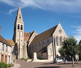 Ferrières-en-Gâtinais - The church in Ferrières-en-Gâtinais