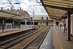 Fishergate Bridge, Preston railway station (geograph 4499560).jpg