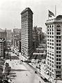 Flat Iron Building, New York 1909.jpg