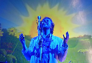 The Flaming Lips - Wayne Coyne in concert in January 2004