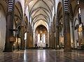 Florenz Santa Maria Novella Innenraum.jpg