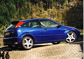 3-х дверный хэтчбэк Ford Focus первого поколения