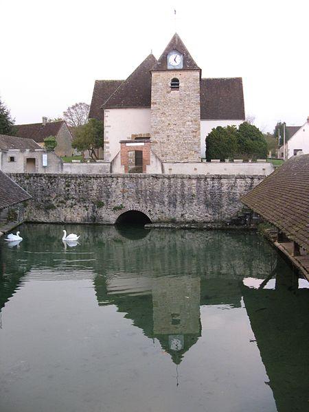 Fontaine-la-Gaillarde: l'église Saint-Jean-Baptiste (fin XVe - début XVIe siècle)
