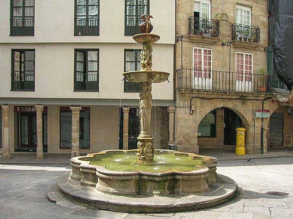 Fonte na Praza do Ferro.