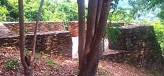 Sultanate of Singora - Typical of forts on the mountain is fort 4: it is built onto the slope of Khao Daeng, abutting the mountain at its rear and rising to a height of about 4.4 metres along the front. Internal dimensions are approximately 5.5 metres by 8.5 metres.